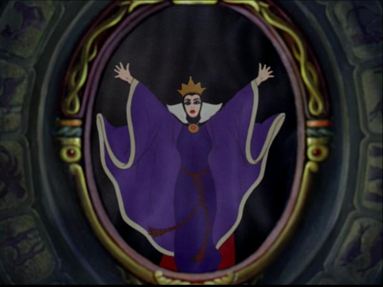 Jeu de pouvoirs ou jeu de r les sandraluzeden for Blanche neige miroir miroir